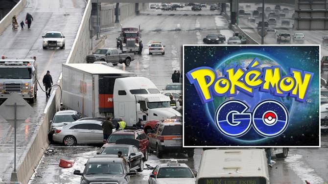 Gây tai nạn trên đường cao tốc vì dừng xe giữa đường cao tốc... bắt Pokemon