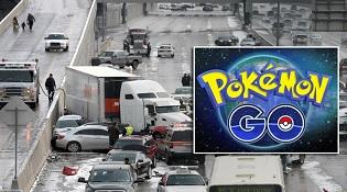 Gây tai nạn vì dừng xe giữa đường cao tốc... bắt Pokemon