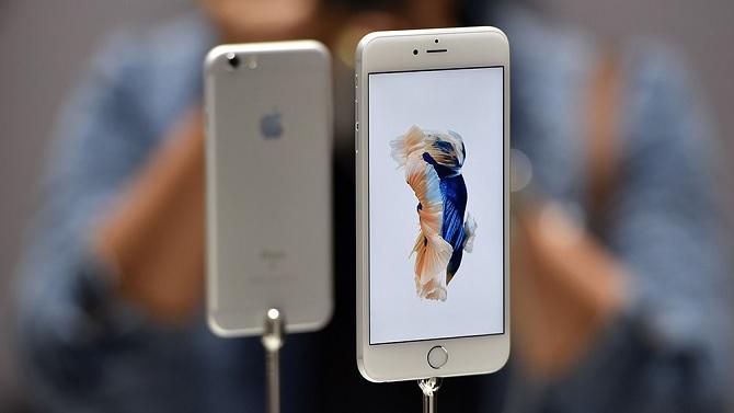 Apple lại bị kiện cho tính năng sạc nhanh trên iPhone 6s