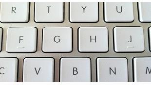 Khấc nhỏ dưới phim F và phím J trên bàn phím để làm gì?