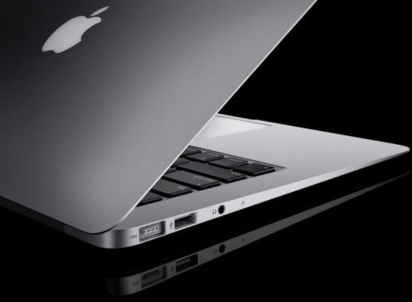 Tim Cook bác bỏ ý tưởng kết hợp MacBook với iPad