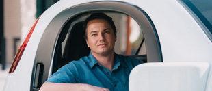 Nhân vật quan trọng nhất trong dự án xe của Google vừa ra đi