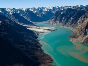 Chùm ảnh hé lộ đảo Greenland đang dần... biến mất