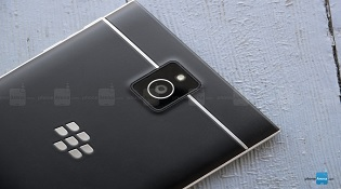 BlackBerry kiện BLU Products vi phạm bản quyền bằng sáng chế