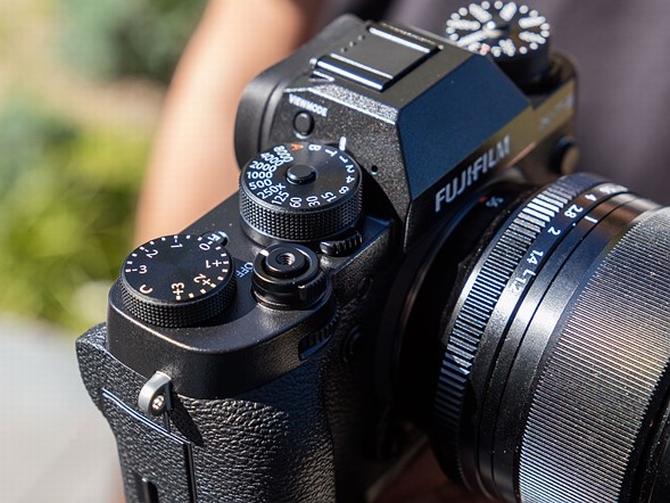 Fujifilm X-T2 lên kệ tại Việt Nam, giá 37 triệu đồng