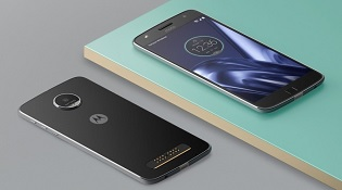 Motorola ra mắt Moto Z Play Droid và phụ kiện Hasselblad True Zoom Moto Mod