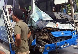 Xe tải cứu xe khách mất phanh khi đang đổ đèo Bảo Lộc