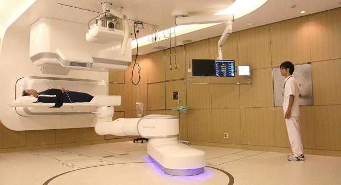 Giới nhà giàu Trung Quốc đổ xô đi trị bệnh ung thư bằng liệu pháp proton