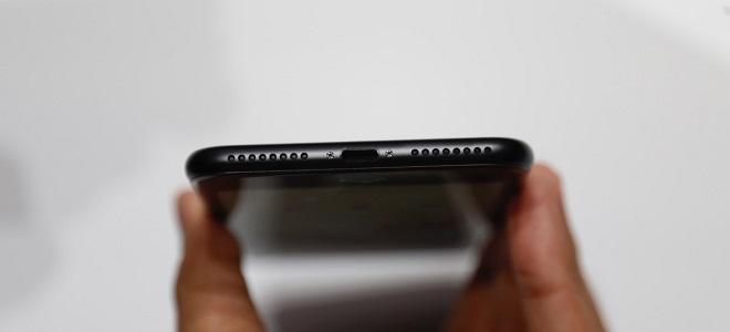 Với iPhone 7, Apple gần như đã kiểm soát toàn bộ mọi thứ