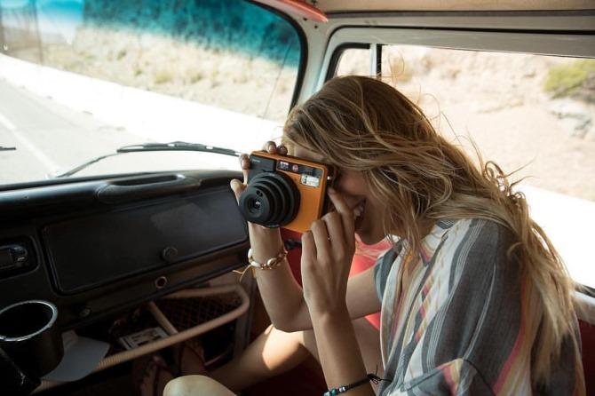 """Leica giới thiệu máy ảnh chụp lấy ngay Leica """"Sofort"""" và phiên bản đặc biệt Leica M-P """"Titanium"""""""