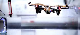 Xem drone bay mãi mãi không cần sạc