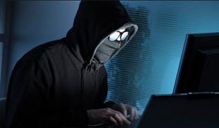 Lộ diện hacker nhắn tin 'con ông bà học ngu như bò'