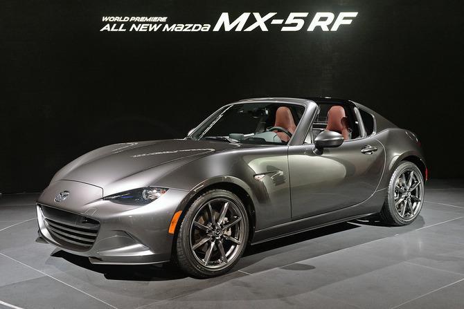 Mazda MX-5 Miata RF Launch Edition 2017 giá bao nhiêu? thiết kế & vận hành 20
