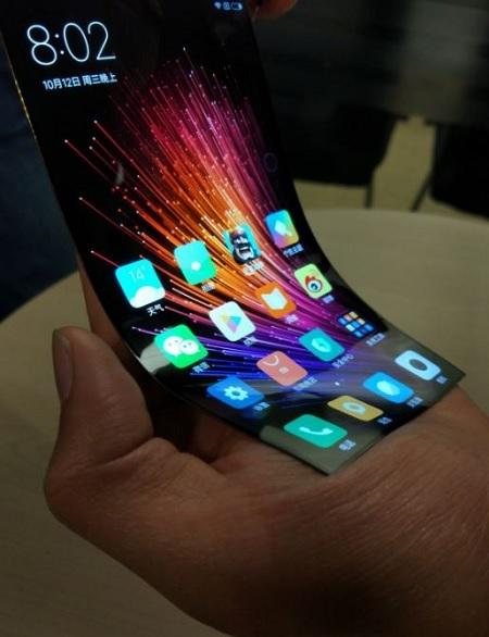 Xiaomi đang phát triển màn hình uống cong của riêng mình?