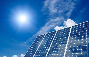 Pin mặt trời: Việt Nam sản xuất được nhưng chi phí cao