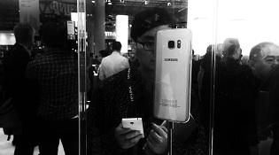 """Samsung rơi vào cảnh """"thập diện mai phục"""" sau sự cố Note 7"""