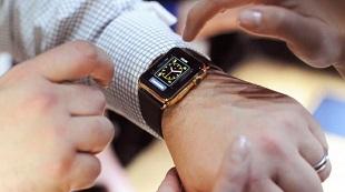 Doanh số bán hàng Apple Watch đang 'rơi tự do'