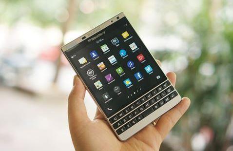 Giá BlackBerry Passport tại Việt Nam đã chạm đáy