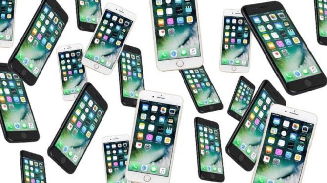 20 bạn trai, 20 chiếc iPhone và cách cô gái này mua một ngôi nhà