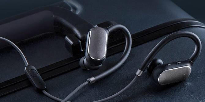 Xiaomi ra mắt tai nghe không dây Mi Sports Bluetooth, pin 7h