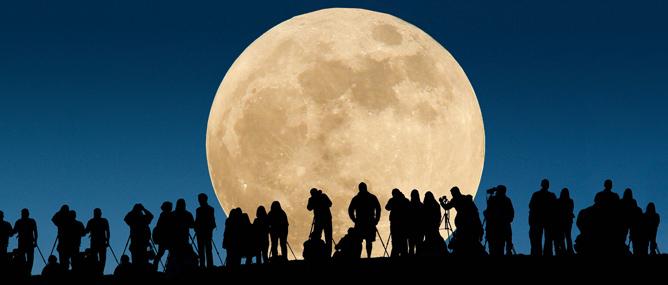 Đón xem siêu trăng lớn nhất trong 70 năm qua vào tối nay