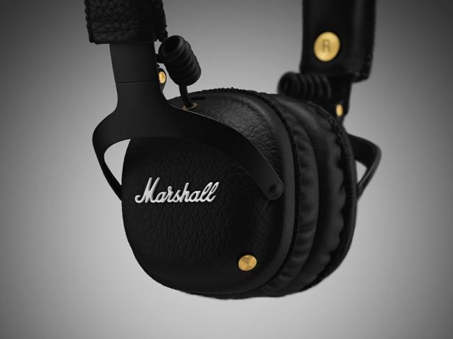 3534ce42f53 Theo Engadget, Marshall công bố chiếc tai nghe này có thể nghe được 30 giờ  cho mỗi lần sạc khi sử dụng thông qua Bluetooth trong khi đàn anh Major II  chỉ ...