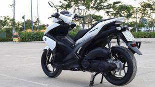 Chi tiết Yamaha NVX: To lớn, dáng thể thao