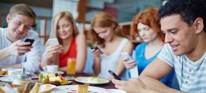 Mẹo này sẽ giúp bạn cai nghiện smartphone nhanh chóng