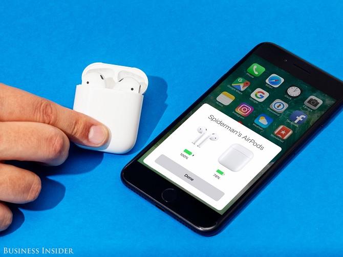 Vì sao Apple trì hoãn phát hành tai nghe AirPods?