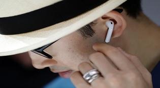Đã rõ lý do Apple phải hoãn bán tai nghe AirPods