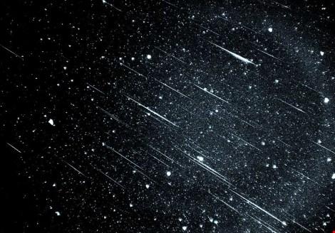 Làm sao để dễ dàng nhìn thấy sao băng?
