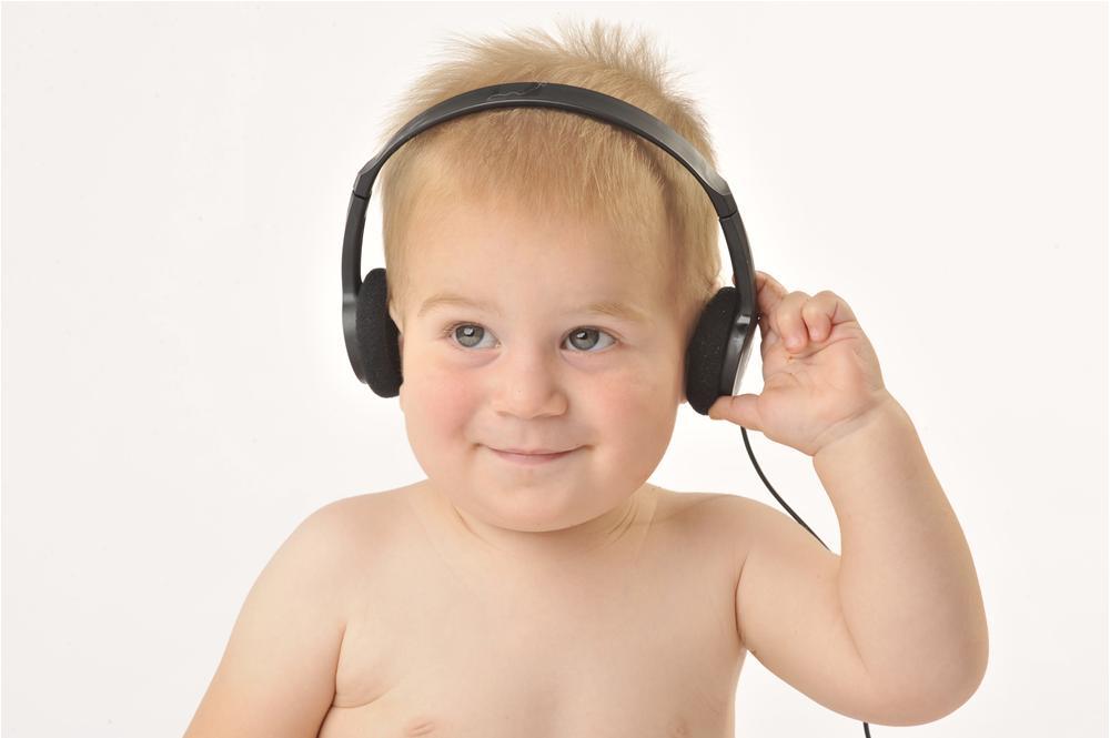 Tai nghe dành cho trẻ em có thể gây suy giảm thính lực