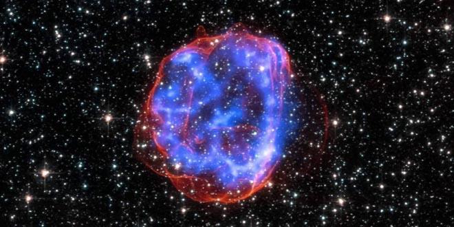 """Hố đen """"ăn thịt"""" tạo ra siêu tân tinh sáng hơn Mặt trời 570 tỷ lần?"""