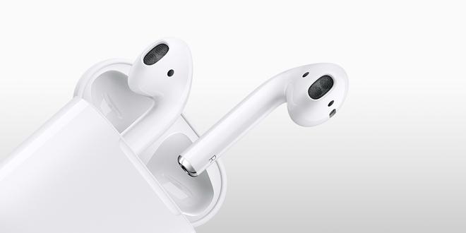 Tai nghe AirPods của Apple chính thức lên kệ sau tin đồn trì hoãn