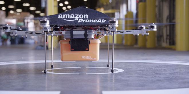 Amazon hoàn tất chuyến giao hàng đầu tiên bằng drone