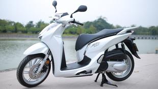 Ảnh thực tế Honda SH 300i ABS giá 248 triệu vừa ra mắt ở Việt Nam
