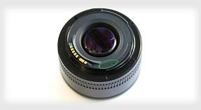 Ống kính Canon 50mm f/1.8 II đã có... hàng giả