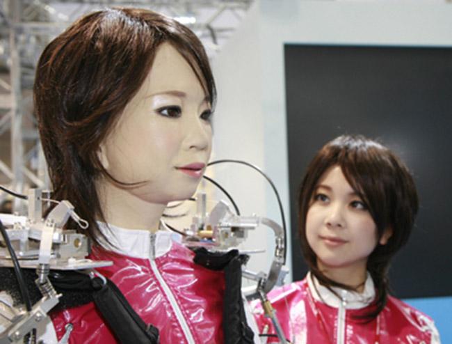 Đến năm 2050 con người sẽ cưới robot? - ảnh 4