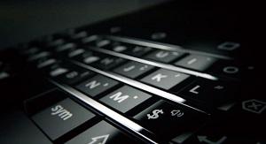 Dế BlackBerry dưới thời TCL vẫn có bàn phím vật lý
