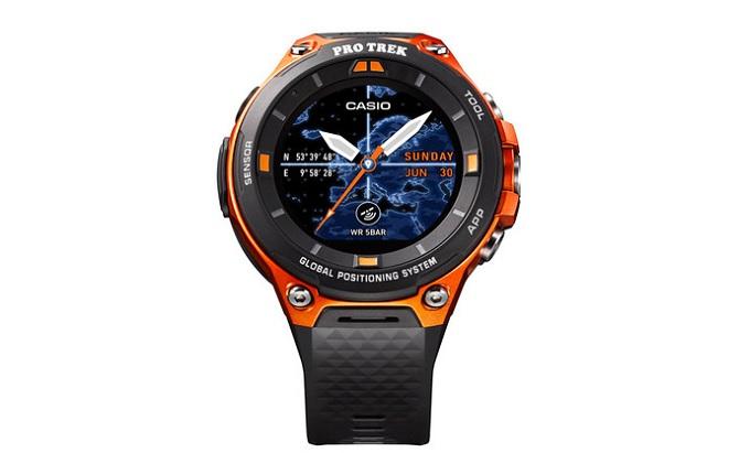 [CES 2017]: Casio ra mắt smartwatch Pro Trek chạy Android Wear 2.0