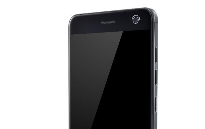 [CES 2017]: ZTE trình làng smartphone tầm trung ZTE Blade V8