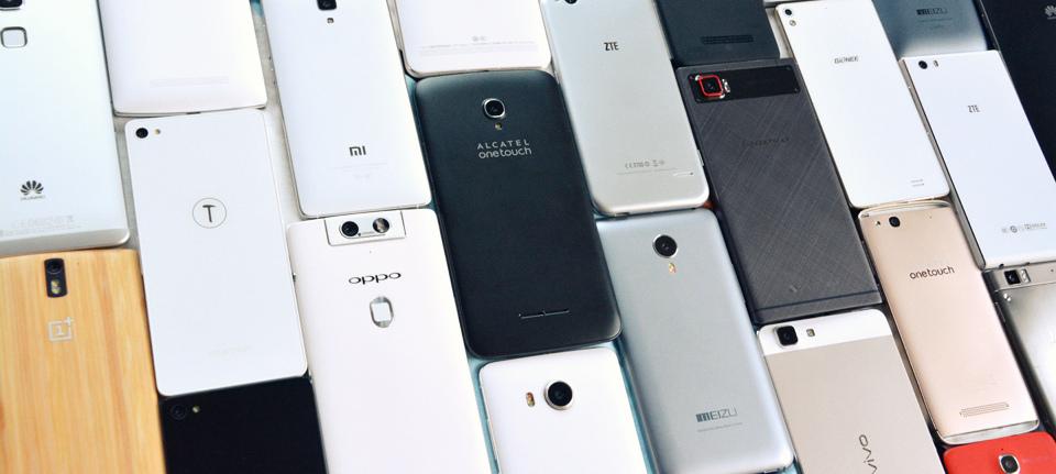 11 smartphone xách tay đáng mua để chơi Tết 2017