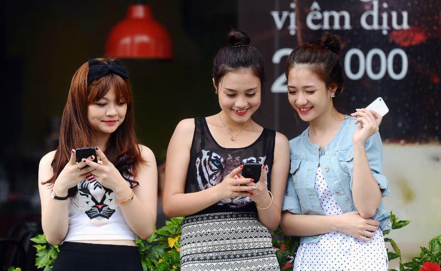 Nhà mạng lo giữ chất lượng truy cập Internet dịp Tết