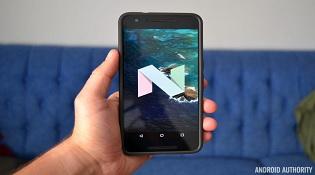 Nhà sản xuất Android nào phát hành các bản cập nhật nhanh nhất?