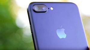 iPhone 7 Plus sống sót sau 13 giờ ngâm dưới dòng sông băng ở Nga