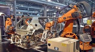 Năng suất tăng 250% nhờ thay 90% lao động bằng robot