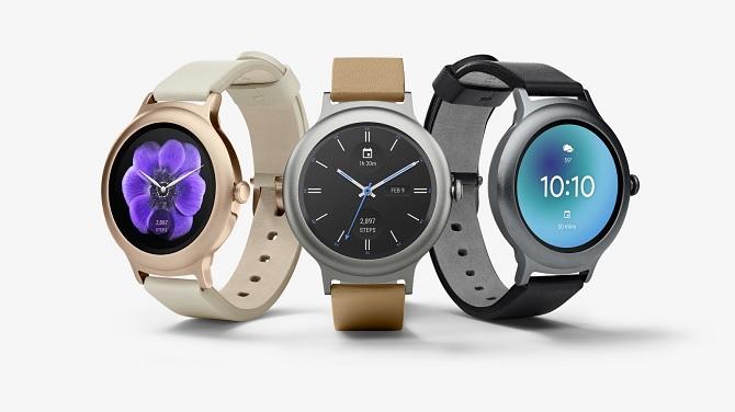 Hai smartwatch đầu tiên chạy Android Wear 2.0 trình làng