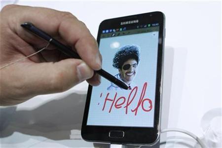 Samsung, HTC chuẩn bị hưởng lợi từ sự thất vọng với iPhone 4S