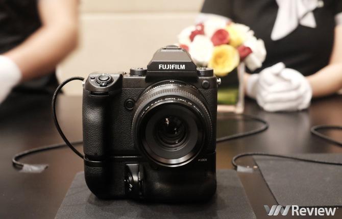 Hàng khủng medium format Fujifilm GFX 50s về Việt Nam với giá 150 triệu đồng