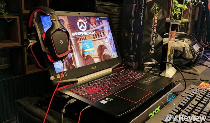 """Acer tổ chức trải nghiệm """"quái vật giá mềm"""" VX5"""
